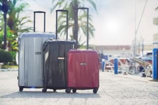 Střední cestovní kufr Epic GRX Hexacore šedý č.7